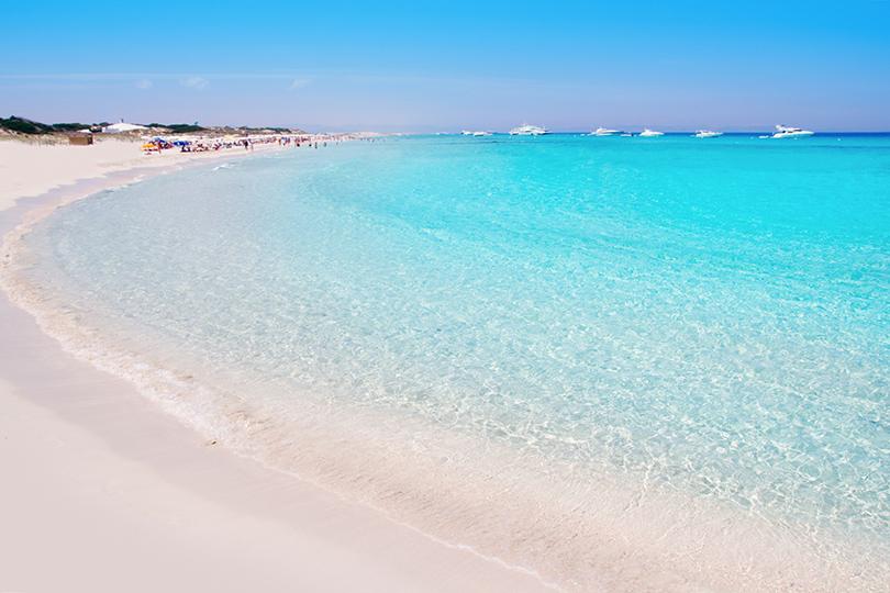 Playa de Ses Illetes, на острове Форментера, в шести километрах от Ибицы