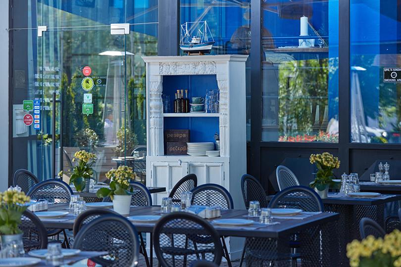 Выходные вгороде: летние веранды московских ресторанов. «Молон Лаве»