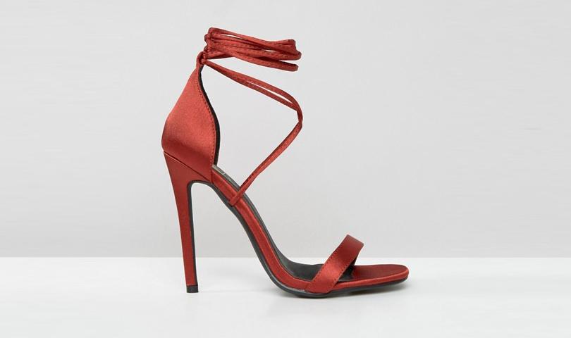 Новый год. Дресс-код: 28лучших пар обуви для новогодней вечеринки. Сатиновые босоножки Missguided