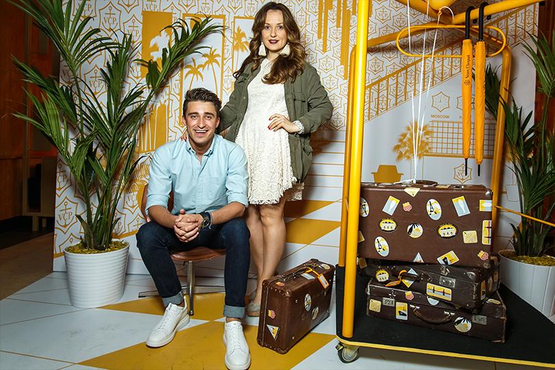 Светская хроника: открываем сезон путешествий вместе с Veuve Clicquot. Артем Королев и Катя Добрякова