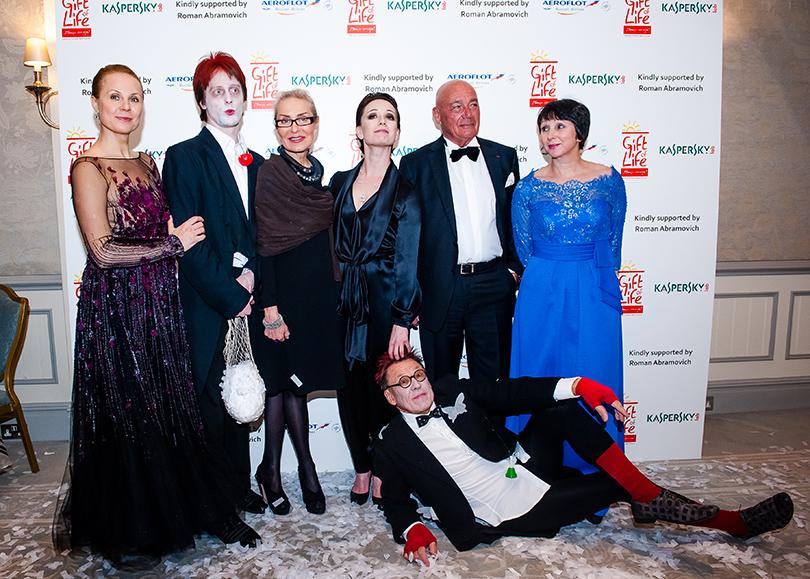 Дина Корзун, Чулпан Хаматова и Владимир Познер