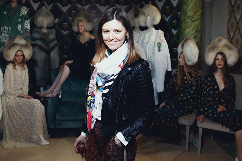 Театрализованная презентация осенне-зимней коллекции Alena Akhmadullina помотивам «Снежной королевы». Арина Яковлева
