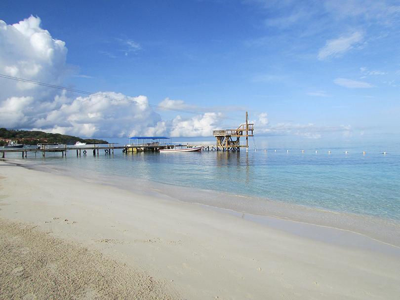 West Bay Beach в Гондурасе