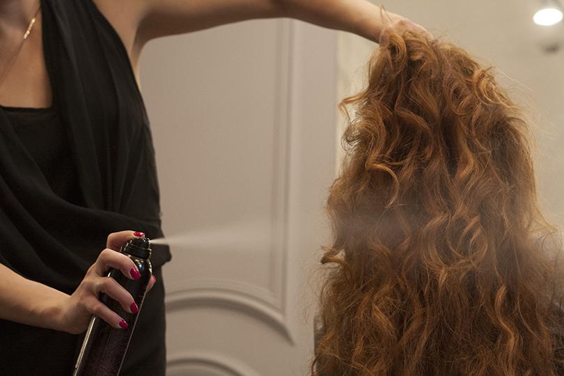 Hair & Style: 6 идеальных средств для волос для холодной осени. Не стоит игнорировать и салонный уход. Волосы становятся блестящие, плотные, пластичные, здоровые, гладкие, блеск волос не искусственный, а натуральный.