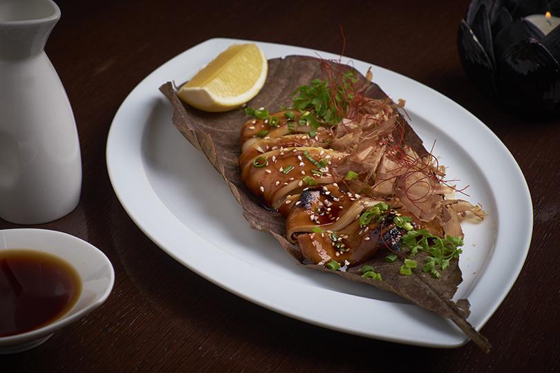 Что на ужин? Осень в паназиатском стиле в Asia Grill. Кальмар-гриль с соусом терияки