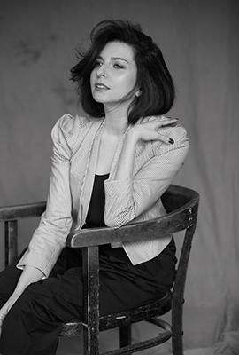 Элементарные частицы: Алиса Хазанова— ожизни души ибессилии слов
