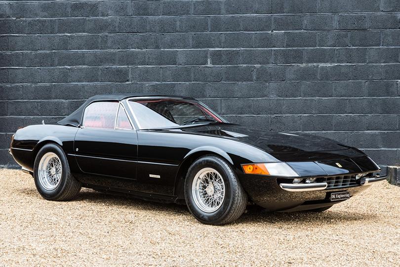 Машины Харви Спектера: Ferrari 365GTS/4 Spyder 1971 (Ferrari Daytona)