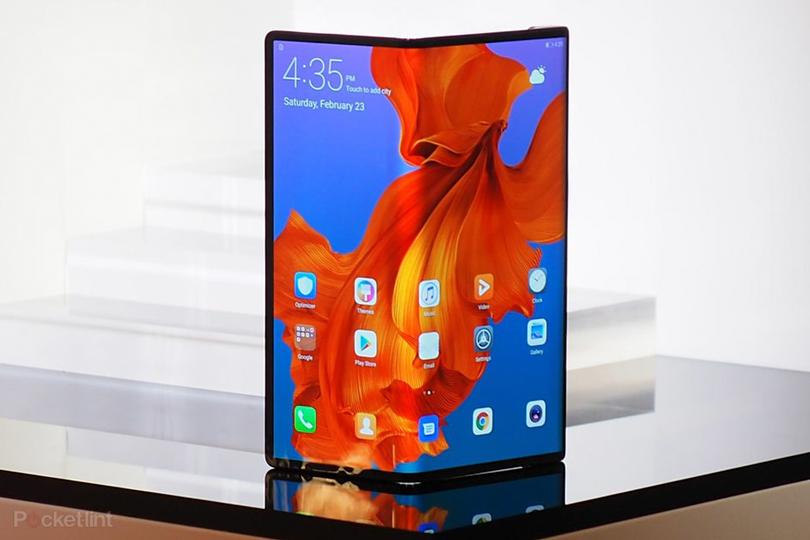 5G-смартфон со складным экраном — главная новинка Huawei на Всемирном мобильном конгрессе в Барселоне