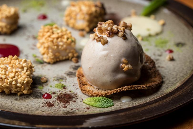 Madame Wong Гречневое мороженое иконфеты изриса