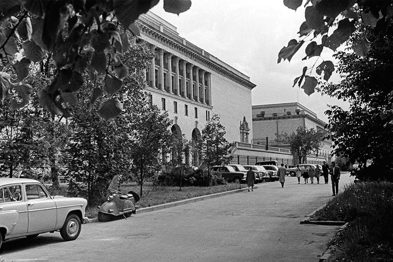 Что мы знаем о киностудии «Мосфильм», отмечающей сегодня 95 лет? «Накрыльях ввысь»
