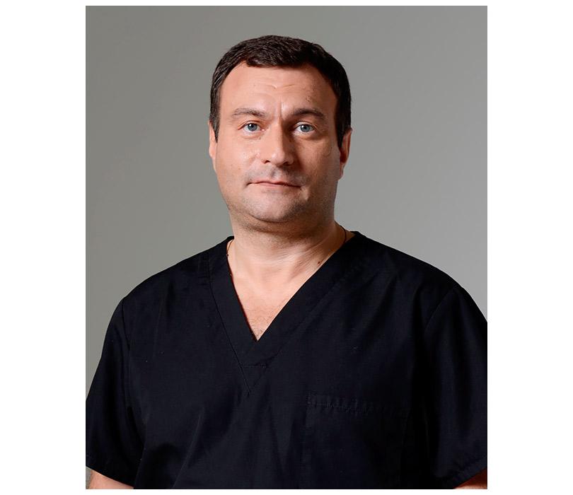 Отари Гогиберидзе — о том, почему нельзя удалять комки Биша и идти к пластическим хирургам из Instagram