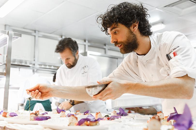 Гостеприимство по-итальянски: майские спецпредложения ресторана Ovo byCarlo Cracco