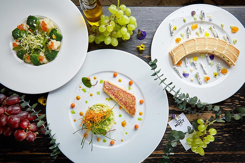 20 лучших идей ко Дню всех влюбленных в ресторанах Москвы. Brasserie Мост