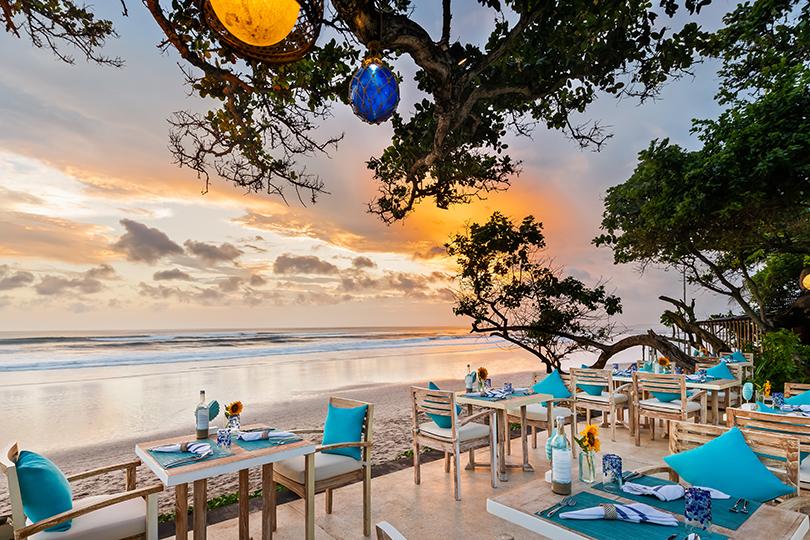 Куда поехать 14 февраля: кинематографичные закаты и меню с афродизиаками в отеле Seminyak Beach Resort & Spa на Бали