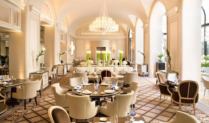 Один отель, три ресторана ипять звезд Michelin впарижском GeorgeV. LeGeorge