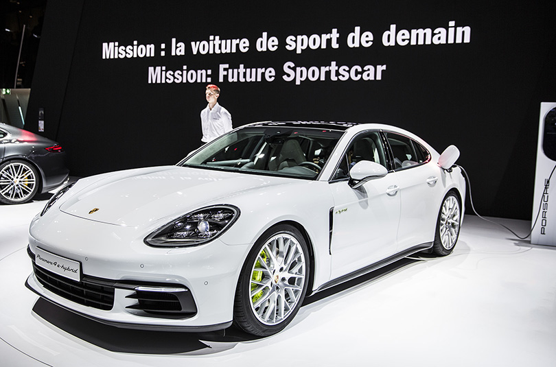 Авто с Яном Коомансом: что посмотреть на Парижском автосалоне. Porsche Panamera4 E-hybrid