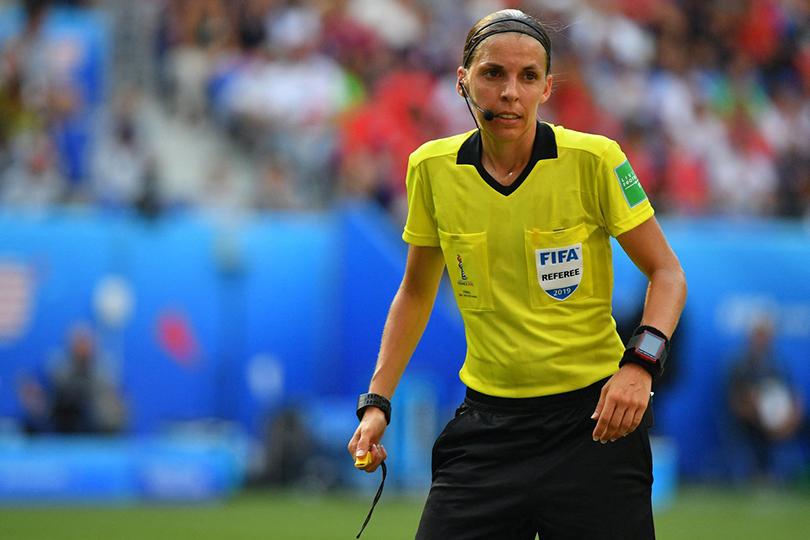 Women in Power: француженка Стефани Фраппар станет первой женщиной-судьей на кубке УЕФА