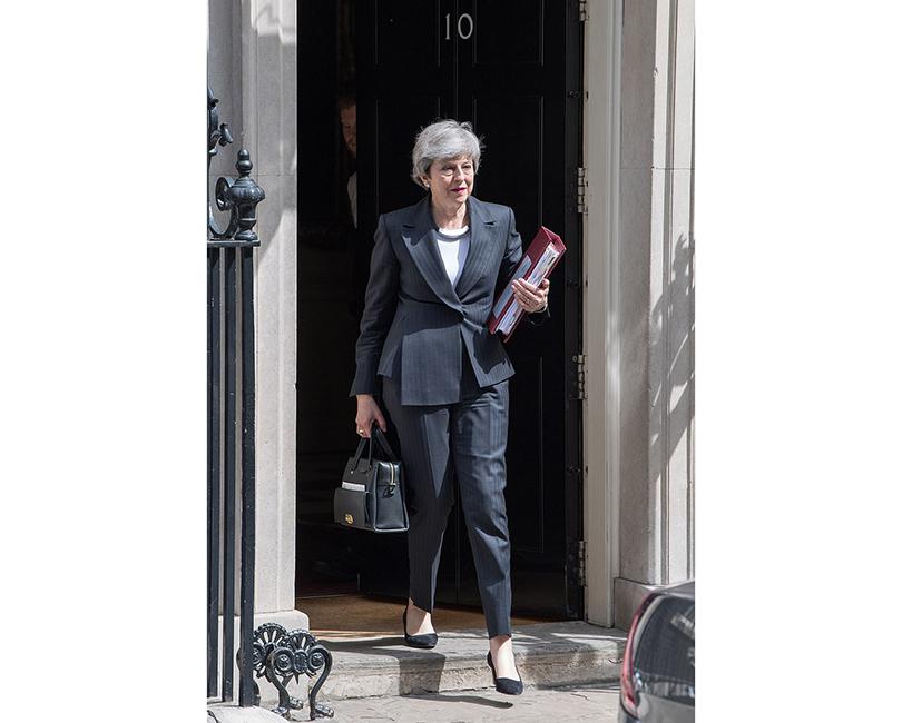 Премьер-министр Великобритании Тереза Мэй покинет свой пост