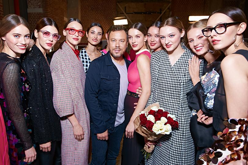 Ставка на«Зеро»: Игорь Чапурин представил весенне-летнюю коллекцию. Игорь Чапурин с моделями