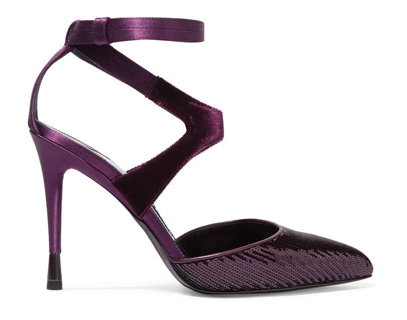 Новый год. Дресс-код: 28лучших пар обуви для новогодней вечеринки. Декорированные пайетками босоножки Tom Ford
