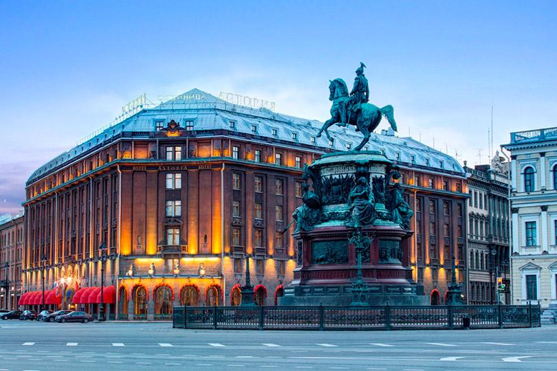 Чувственный маршрут: куда уехать наДень святого Валентина. «Астория», Санкт-Петербург
