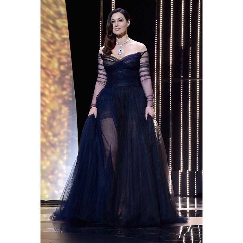 Открытие 70-го Каннского кинофестиваля: Моника Беллуччи в Christian Dior и украшениях Cartier