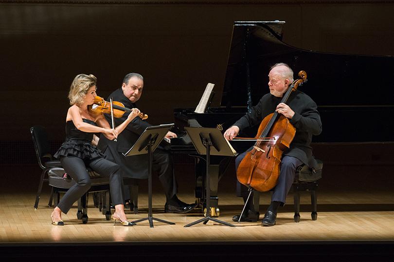 Выступление Анне-Софи Муттер (скрипка), Ефима Бронфмана (фортепиано) иЛинна Харрелла (виолончель)