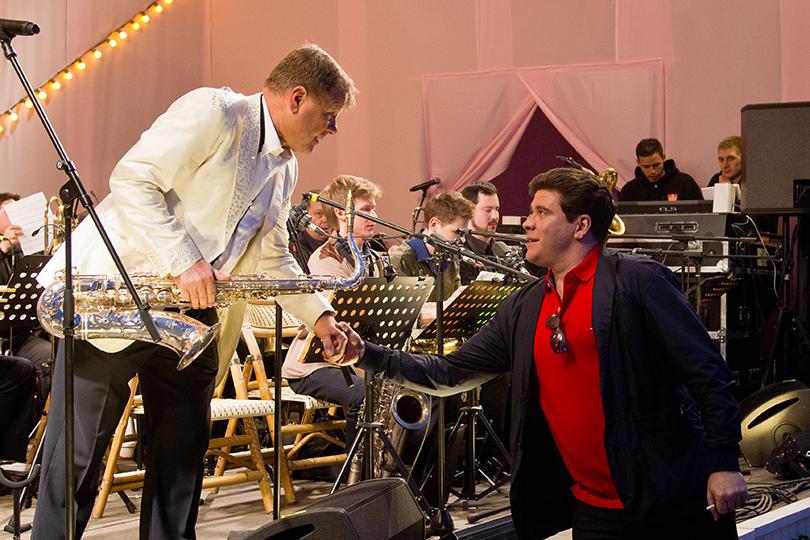 КиноТеатр: «Современник» отметил юбилей на Триумфальной площади. Игорь Бутман и Денис Мацуев