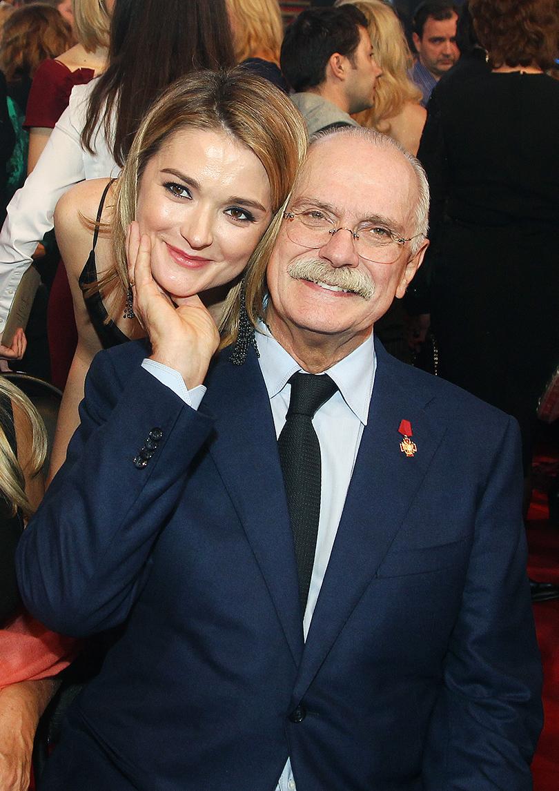 Церемония «Золотой орел-2015» на «Мосфильме»: Никита и Надежда Михалковы