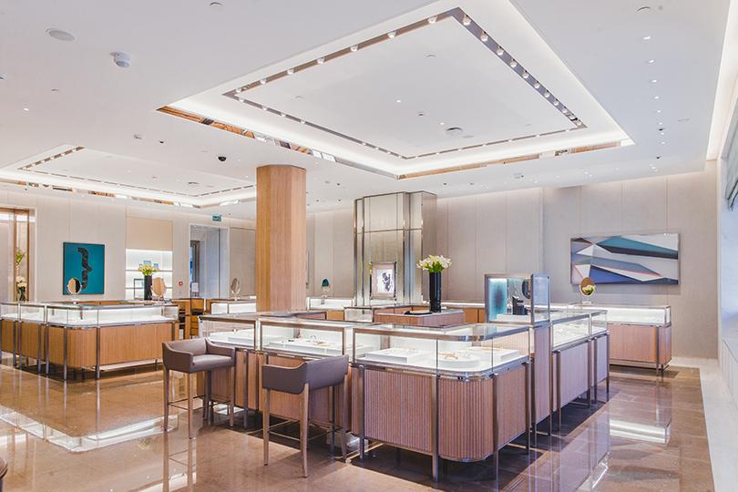 Компания Tiffany&Co.сразмахом отметила открытие своего второго магазина вМоскве