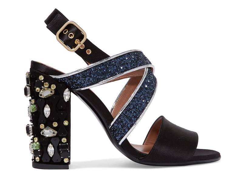 Новый год. Дресс-код: 28лучших пар обуви для новогодней вечеринки. Босоножки Marni cглиттерными ремешками икаблуком, декорированным кристаллами