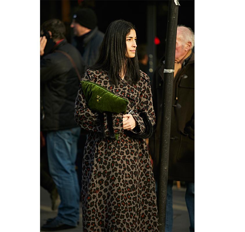 Street-Style: эксклюзивные фотографии с первого дня Недели кутюра в Париже в объективе Ино Ко