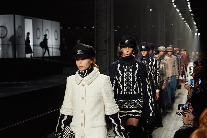 Показ Chanel Métiers d'art Paris— Hamburg вМоскве