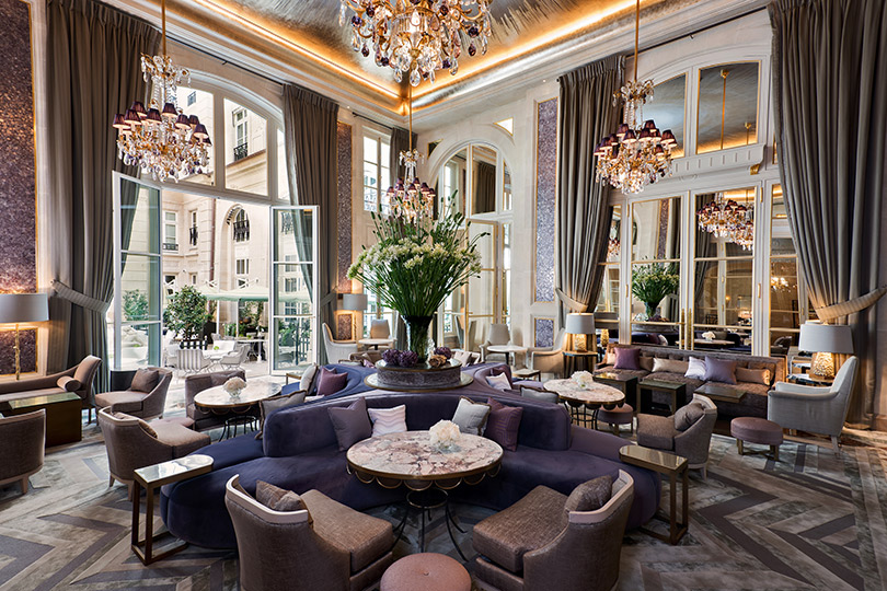 Куда поехать наНовый год: бьюти-подарки, традиционные сладости идругие сюрпризы обновленного Hôtel deCrillon вПариже