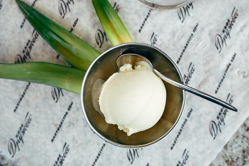 Освежающее мороженое со вкусом алкогольных коктейлей в «Кафе Дружба. Мануфактура еды»