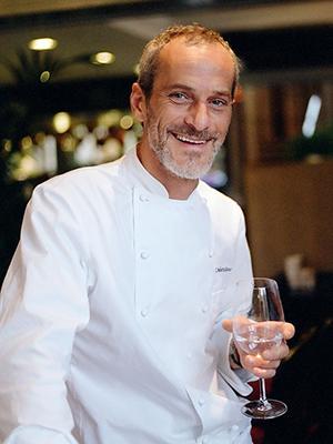 На кухне заправляет итальянец Умберто Рокко