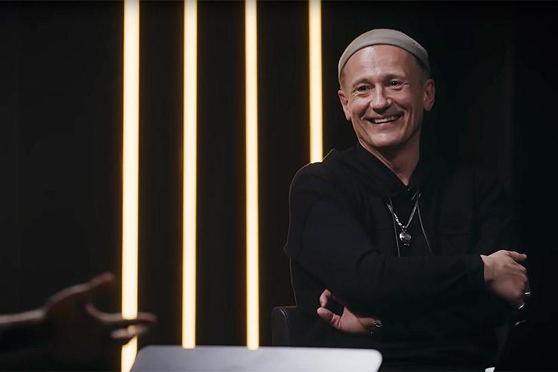 «ОМ»: Данила Козловский стал первым гостем авторского шоу Олега Меньшикова на YouTube
