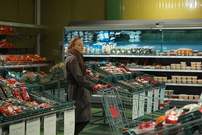 «Он + Она»: Павел Деревянко, Рената Пиотровски и Сергей Бурунов снимаются в режиссерском дебюте Саши Франк