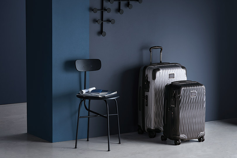 Вещь дня: багаж с нордическим характером, но не лишенный девичьего обаяния от Tumi