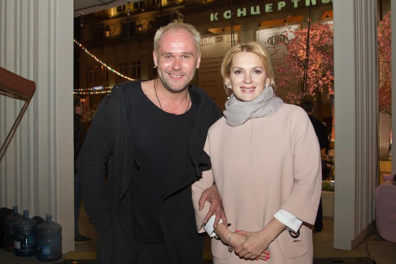 КиноТеатр: «Современник» отметил юбилей на Триумфальной площади. Максим Аверин и Марина Порошина