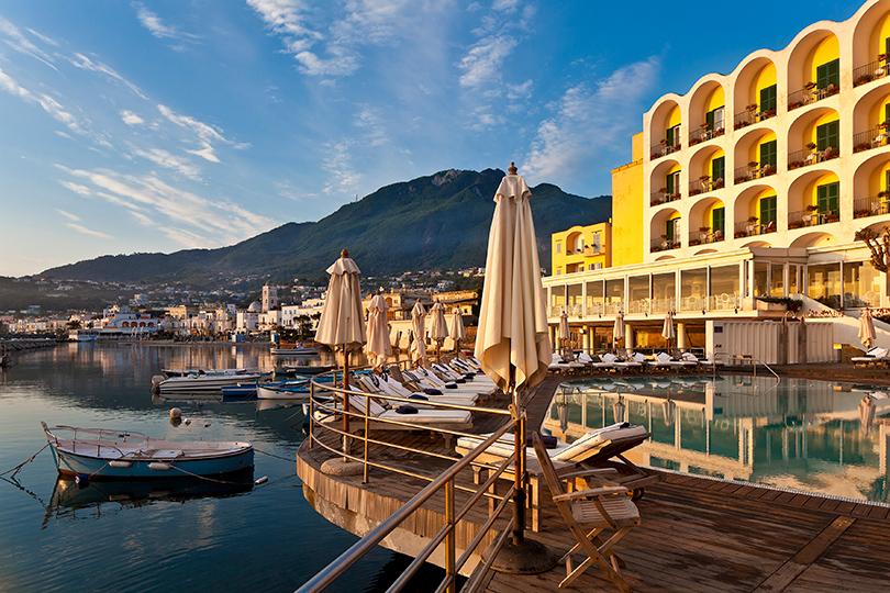 Идея наканикулы: Пасха вевропейских отелях. Искья, Италия: отель Albergo della Regina Isabella