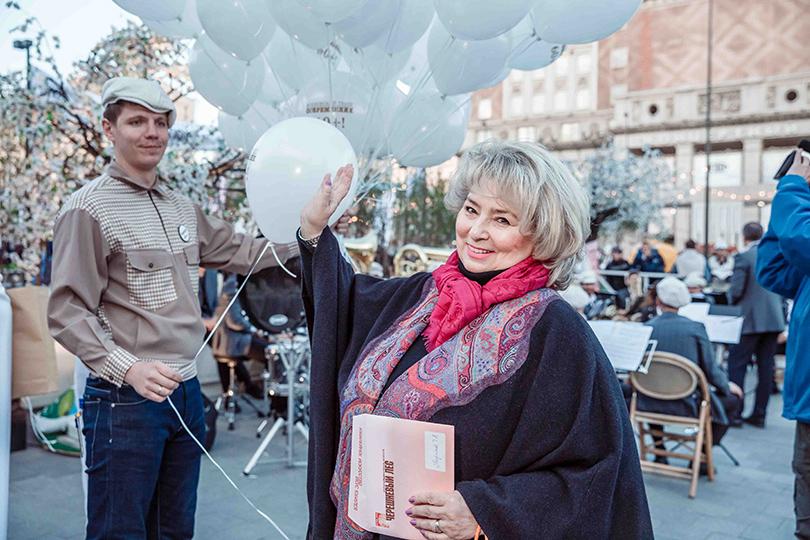 КиноТеатр: «Современник» отметил юбилей на Триумфальной площади. Татьяна Тарасова