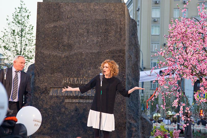 КиноТеатр: «Современник» отметил юбилей на Триумфальной площади. Полина Рашкина