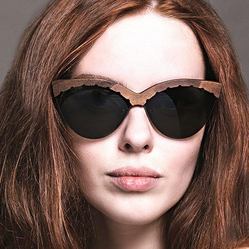 Как это сделано: модные очки издерева, которые рубят, пилят ижгут вПодмосковье