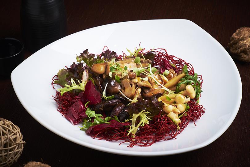 Что на ужин? Осень в паназиатском стиле в Asia Grill. Грибной салат