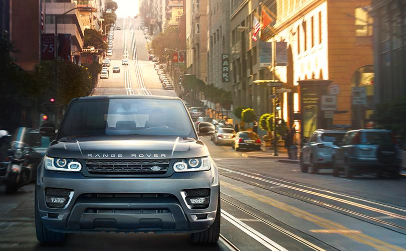 Дороги, которые мывыбираем: спортивный внедорожник Range Rover Sport вгороде