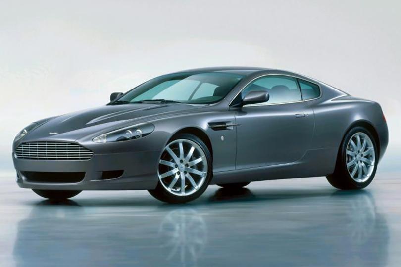 Машины Харви Спектера: Aston Martin DB9 2004