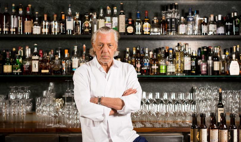 «Я — опасный человек»: легендарный бармен Чарльз Шуман — о современных барах, своем характере и гостеприимстве