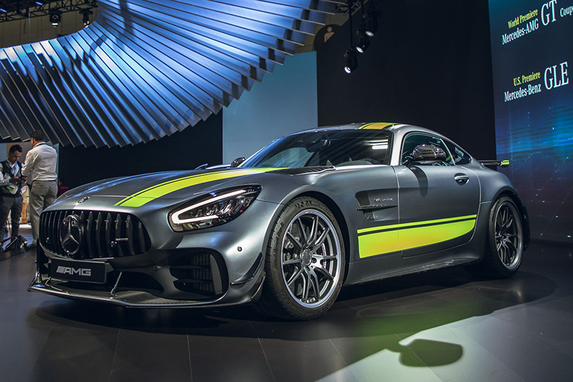 Cars with Jan Coomans. The five most interesting stands at the Los Angeles Auto Show. Mercedes-AMG