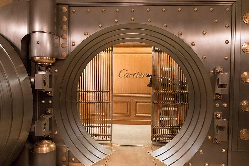 Фотоувеличение: ювелирный дом Cartier создал украшения для криминальной комедии «8подруг Оушена»